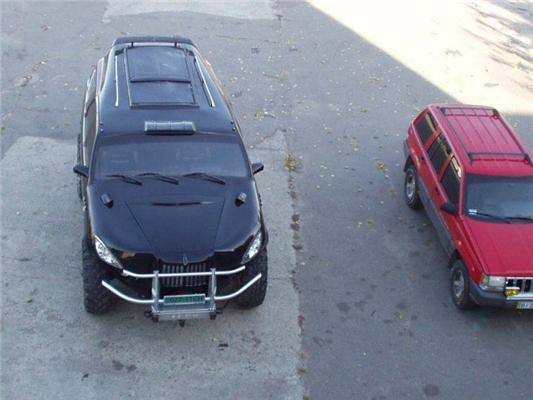 Машина Виталия Кличко. Украинский Хаммер. ФОТО