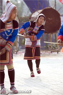 """У Китаї вже почали святкувати """"міні"""" Новий рік. ФОТО"""