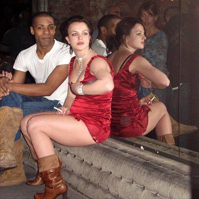Брітні Спірс зняли за лесбійських сексом в клубі. ФОТО
