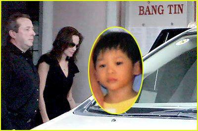 Анжеліна Джолі забрала з дитбудинку свого 4 дитини