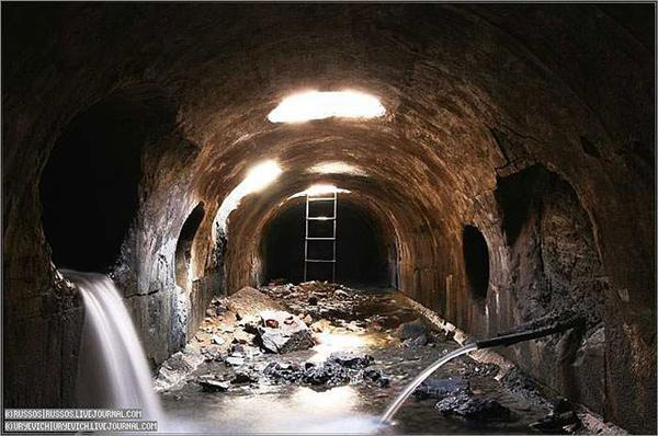Неглинка. ФОТО таинственной подземной реки, что под Москвой