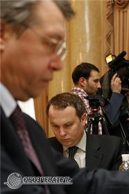 Зібралися якось раз міністри расширенно позасідати ...