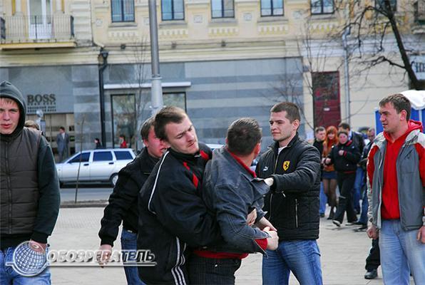 Первая кровь на Майдане. Фоторепортаж
