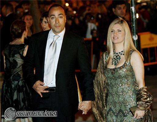 Деми Мур развлекается на вечеринке в стиле Prada. ФОТО