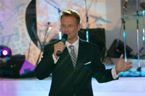 Мы победили! «Золотой микрофон» для украинской «Дивы»