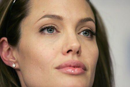 Анжелина Джоли хочет запатентовать имя дочери