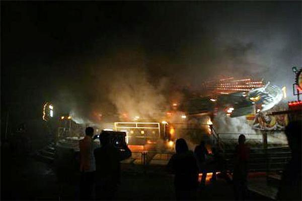 В Эстонии сгорел Луна-парк. 25 пострадавших. ФОТО