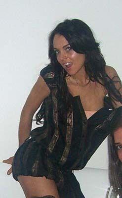 Друзі Ліндсі Лохан показали всьому її домашні інтимні ФОТО