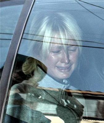 Періс Хілтон влаштувала істерику в поліцейській машині. ФОТО