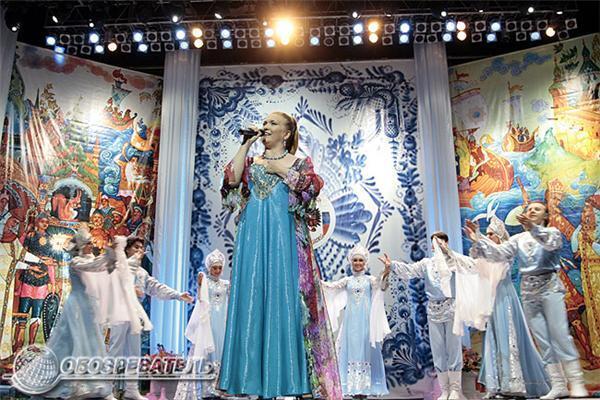 Ющенко лично пришел поздравить Черномырдина с Днем России