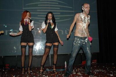 НеАнгелы отметили день рождения с трансвеститами и кондомами