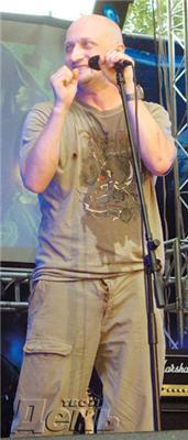 Гоша Куценко з розстебнутою ширінкою закликав до розмноження