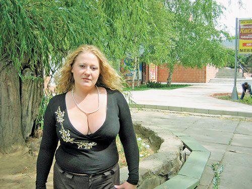 Знакомство с большегрудой женщиной