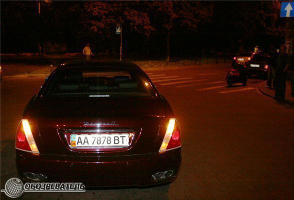 Дівчина за кермом Maserati наїхала на моторолер. Є жертви