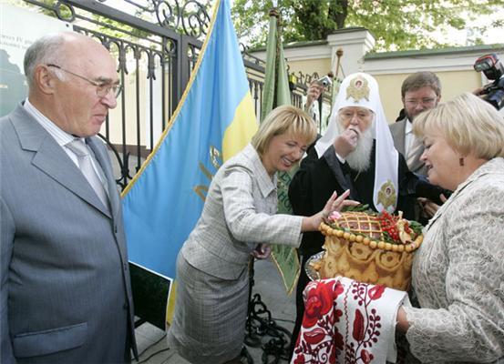 Ющенко і Порошенко привітали майбутніх банкірів. ФОТО