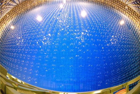 Космос на земле. Глубина 41 метр, видно каждую песчинку...
