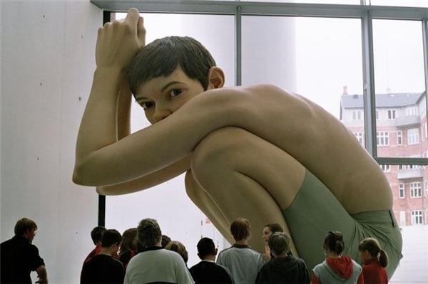 Музей великанов, Амстердам. Пенис величиной с человека