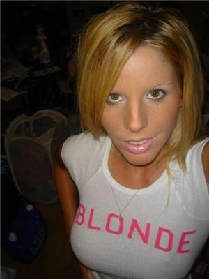 Наглядно. Чем строение тела блондинки отличается от брюнетки