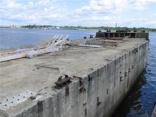 Подводная лодка из... бетона. Возможно ли такое? Да!