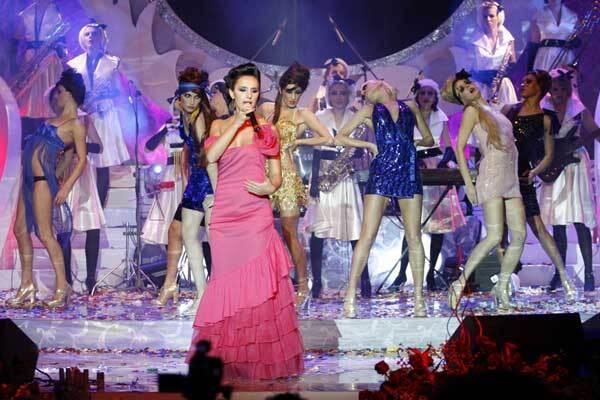 Ирина Билык окропила кровью сцену и прервала концерт