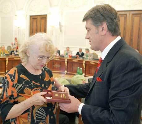 Ющенко поздравил освободителей Киева от фашистов