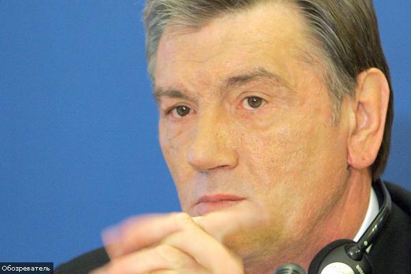 Ющенко закликав рити окопи і бути в телевізорі