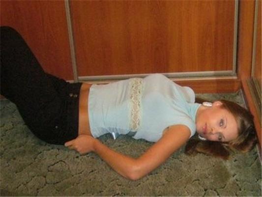 """Девушки из """"Вконтакте"""". Найдите свою студенческую любовь"""