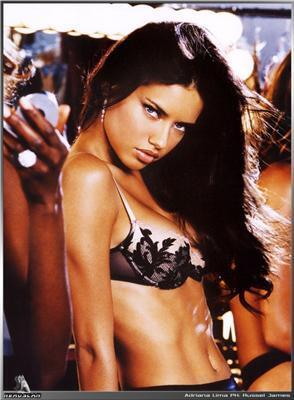 Красуня Adriana Lima - хороша, проте ...