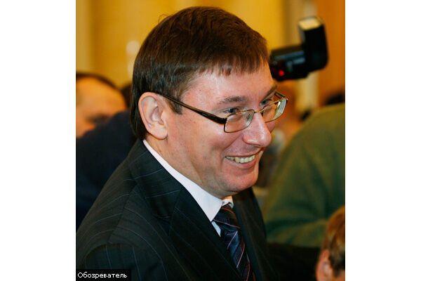 Луценко готовий відмовитися від крісла Черновецького
