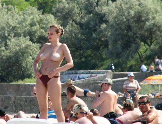 Что можно подсмотреть на закрытых пляжах, вечеринках и диско