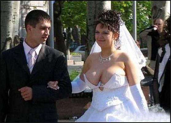 На такой каждый бы женился...