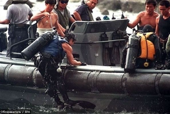 Водолази не знайшли українських моряків. Список