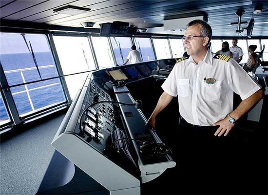 15 палуб, 339 метрів, 4375 пасажирів. Вартість $ 1 млрд