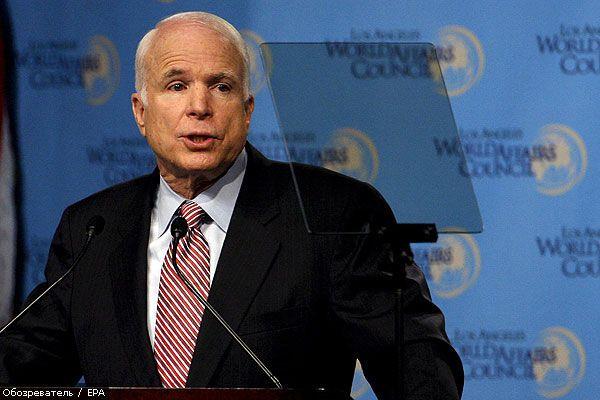 """Маккейн виключить Росію з """"великої вісімки"""""""