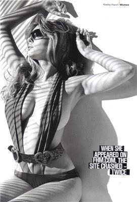 Keeley Hazell в FHM здалася в трусах з діркою на попі