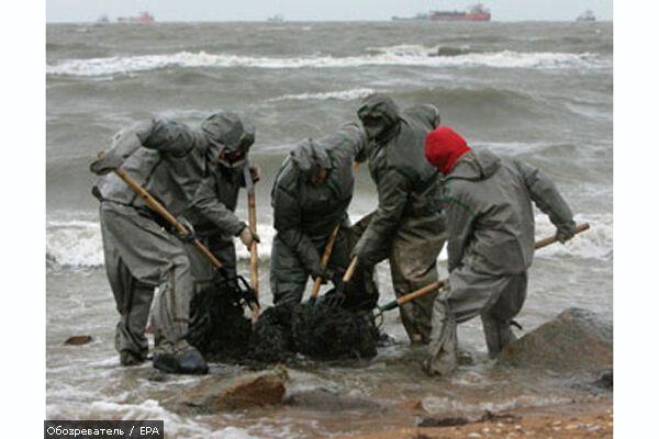 МНС досі збирає нафту