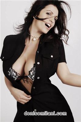 Денис Милани (Denise Milani)- новая модель с большой грудью