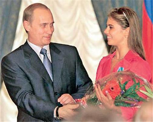 Путин женится на Троицу. Подборка ФОТО
