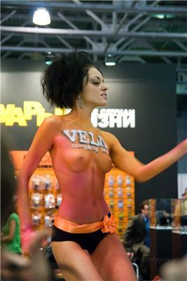 Фотофорум-2009. Майстри по прикрашення грудей пензликами