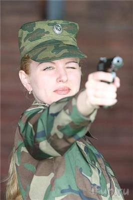 """Вибираємо Міс російська армія. Команду """"лягай"""" не розуміє"""
