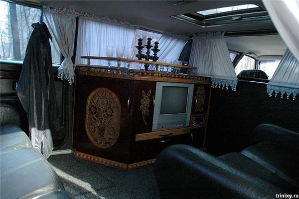 БIЛ 2005 - первый самодельный украинский лимузин