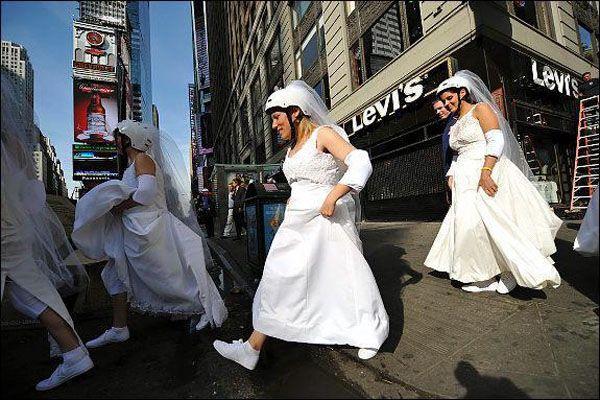 В Нью-Йорке прошел уникальный забег девушек