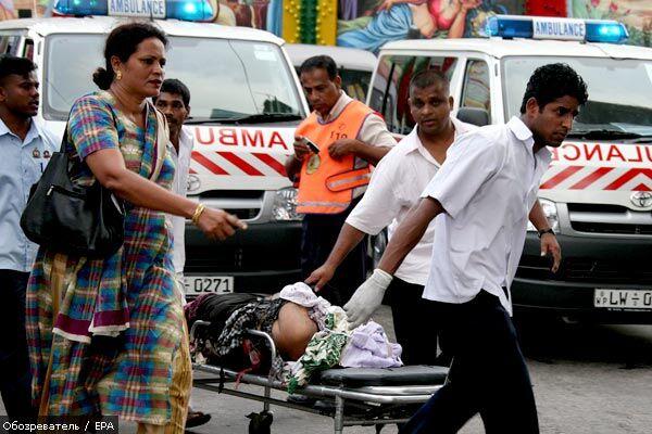 Взрыв на железной дороге в Шри-Ланке, 18 раненых