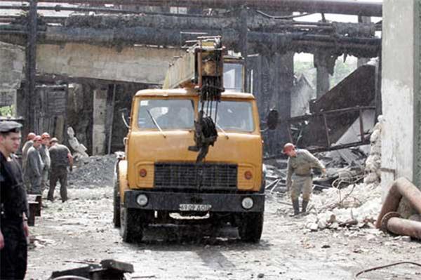 Профсоюз горняков назвал причину взрыва в енакиевской шахте