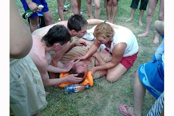 Пьяный на «Лексусе» переехал пляжников