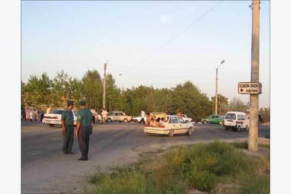 Взрывы на военных складах в Узбекистане разрушили полгорода