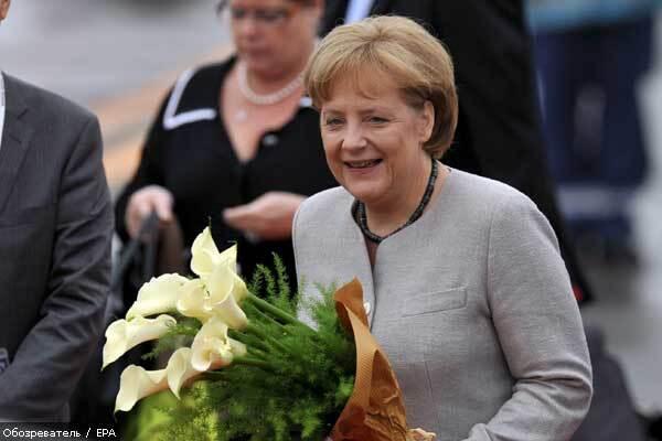 В понедельник Меркель уединится с Ющенко