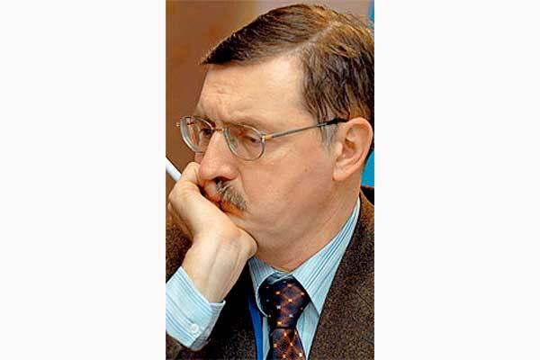 """Конфликт между Ющенко и премьером """"тормозит"""" Украину"""