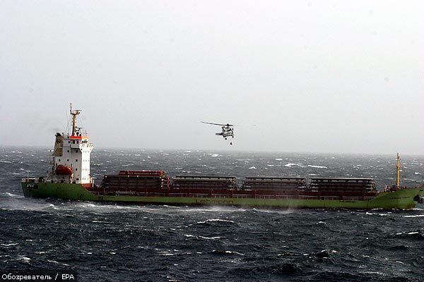 """Моряки с """"Леманн Тимбер"""" отказываются покидать корабль"""