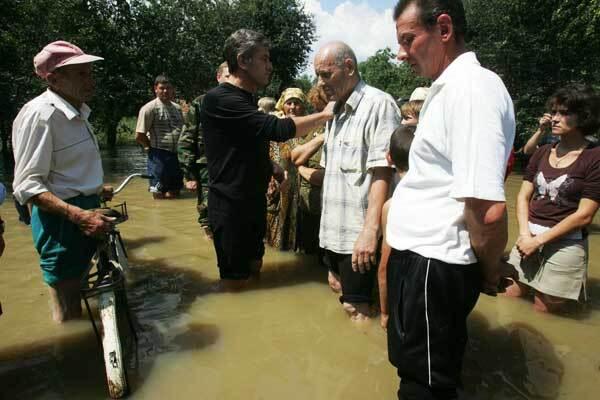 В зоне бедствия на Западной Украине погибли 22 человека